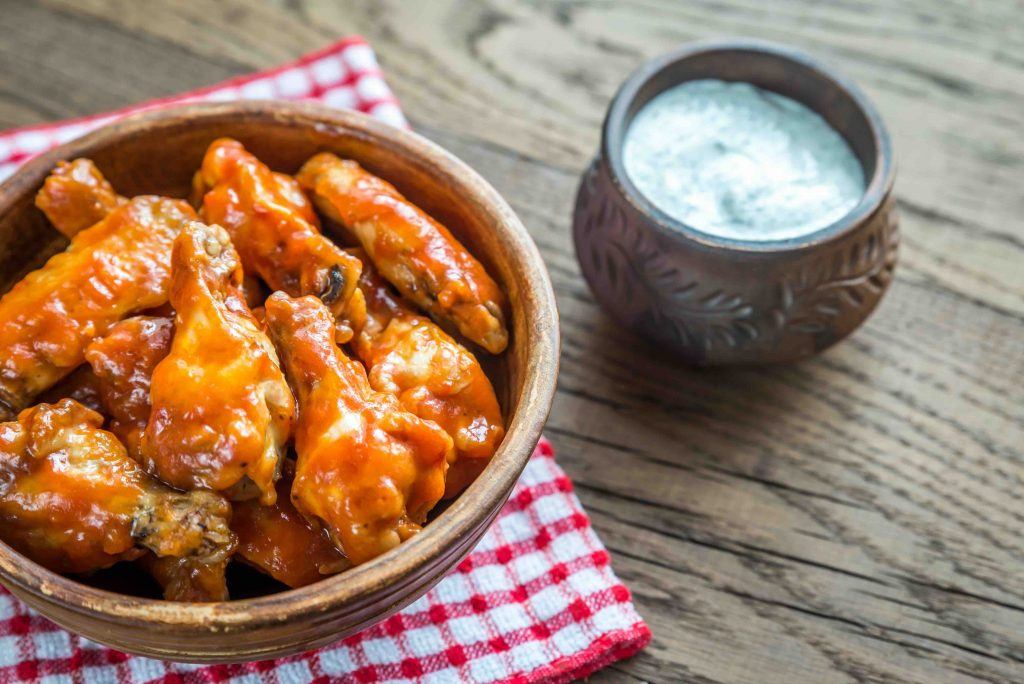 New York Travel Guide, buffalo wings, buffalo, new york, big apple, blue cheese
