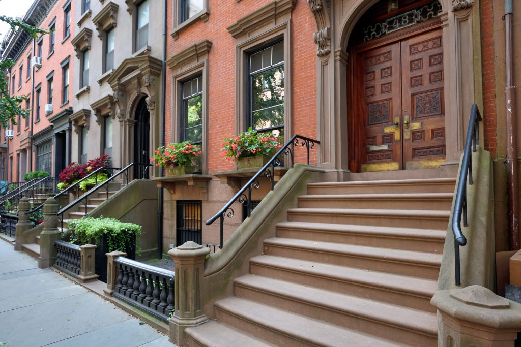 Most beautiful Neighborhoods in America, Brooklyn Heights, Brooklyn, New York, Brownstones, Flower pots, historic