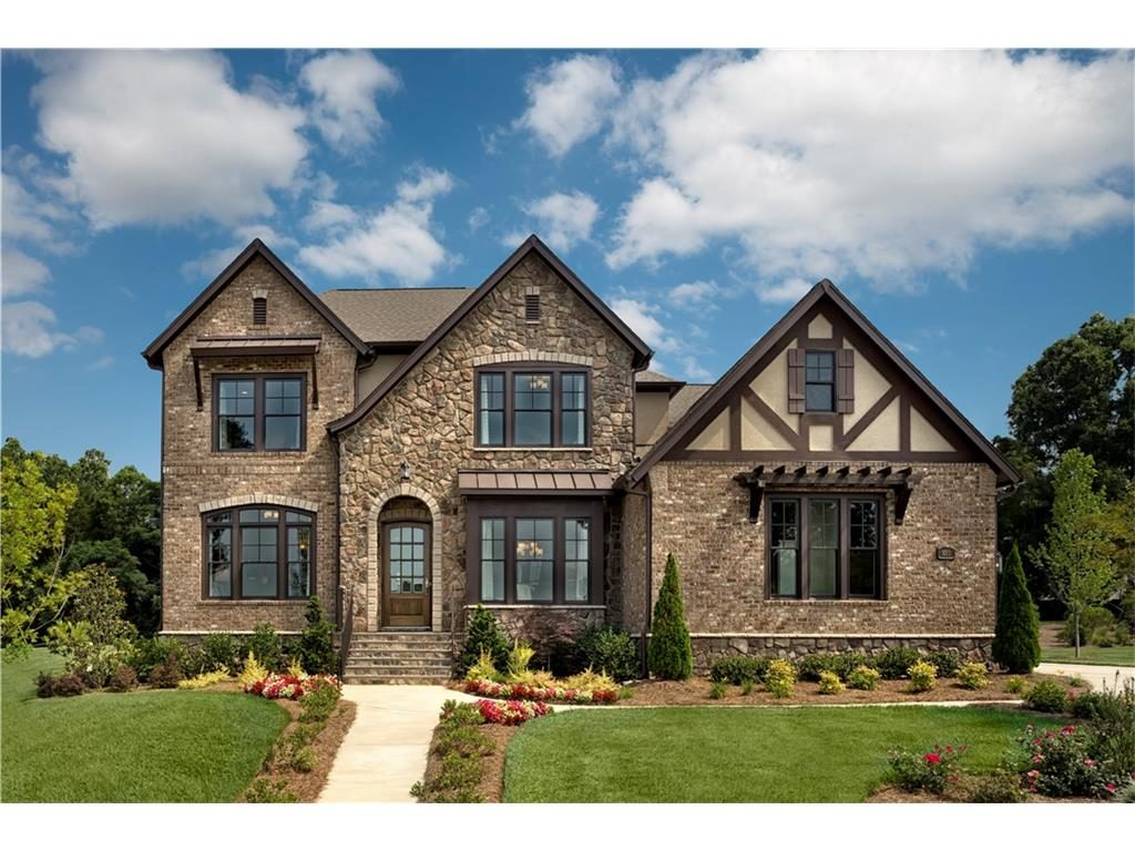 Most beautiful Neighborhoods in America, north meridian street 9, Indianapolis, indiana, stone house, front lawn