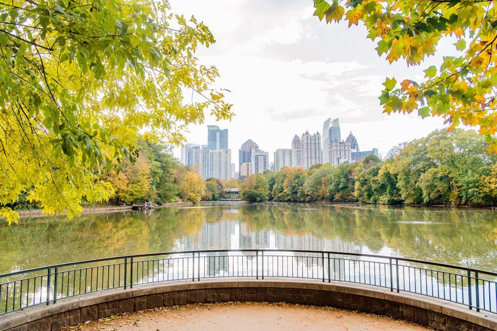 Dangerous neighborhoods in Atlanta, skyline, river, overlook, scenic