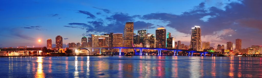 Plane, Noisiest neighborhoods in Miami, runway, airport, travel, downtown miami, miami beach