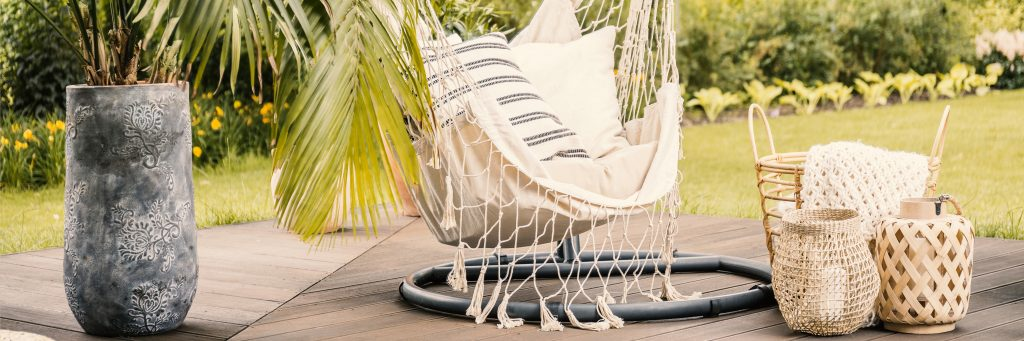 summer design tips 2019, boho chic, hanging chair, neutral colors, patio, interior design, outdoor living space