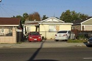 3933 And 3933 1/2 Arden Dr.