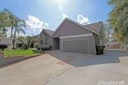 374 Buttonwood Dr.
