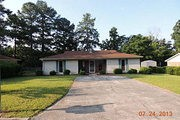 4544 1/2 Colonial Rd.