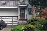 370 Coronado Ave.