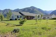 189 Cottonwood Ct.