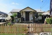 2850 Cypress Ave.
