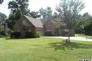 3740 Glen Oaks Dr.