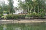 1271 Griffiths Point