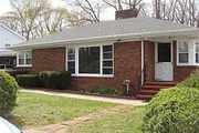 890 N. Pearl St.