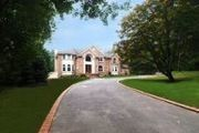 10 Red Maple Ln.