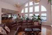 21604 River Rd. North