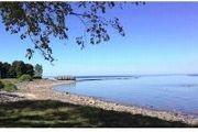 V/L Lake Shore Rd. / Peppertree