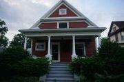 323 W. Oak St.