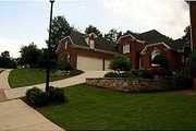 3345 Wolf Willow Close